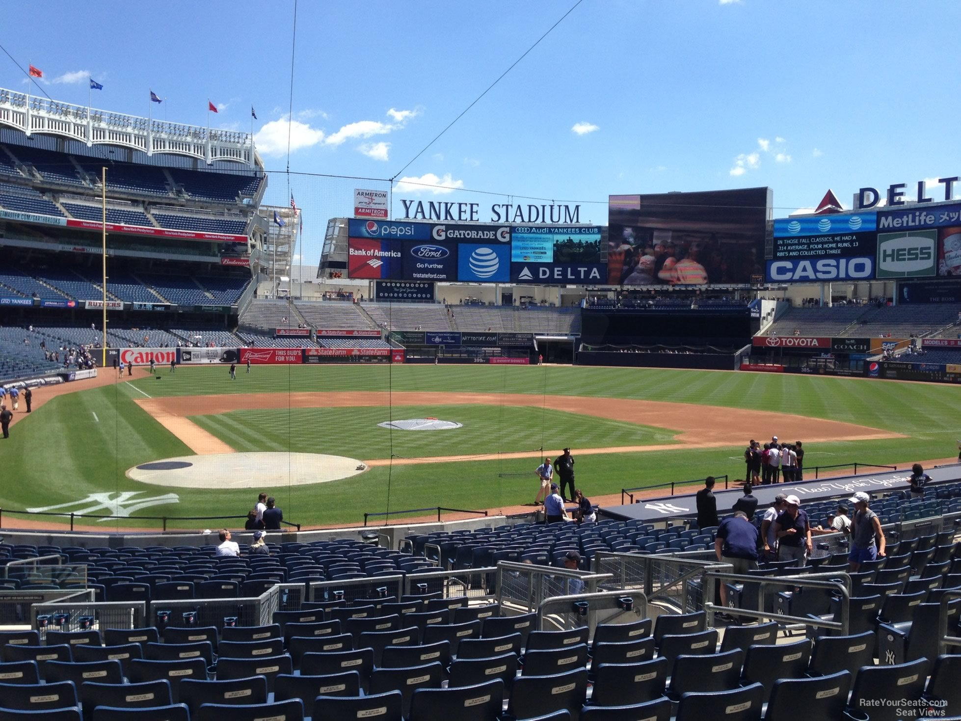 New York Yankees Seat View for Yankee Stadium Section 118, Row 14