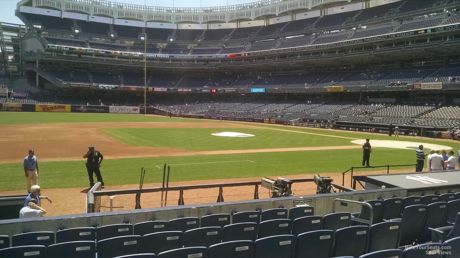 New York Yankees Seat View for Yankee Stadium Section 25, Row 5