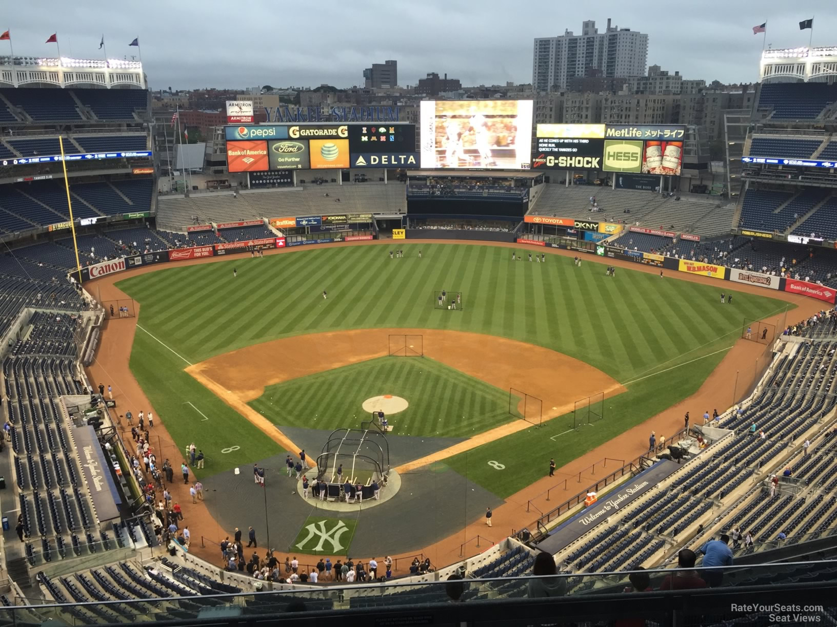 New York Yankees Seat View for Yankee Stadium Section 420A, Row 6