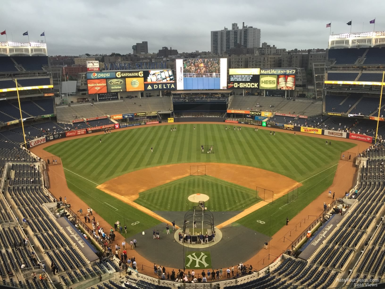 New York Yankees Seat View for Yankee Stadium Section 420B, Row 6