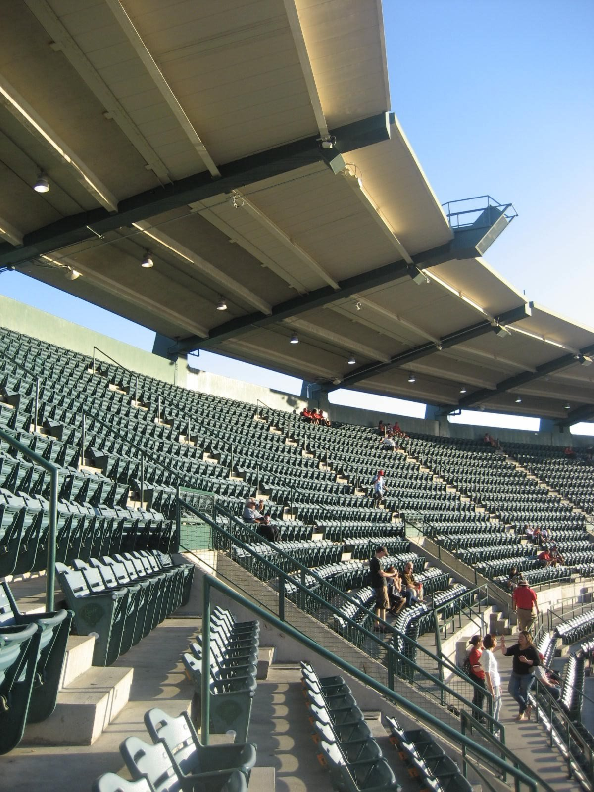 Shaded Covered Seating The Roof Of Angel Stadium