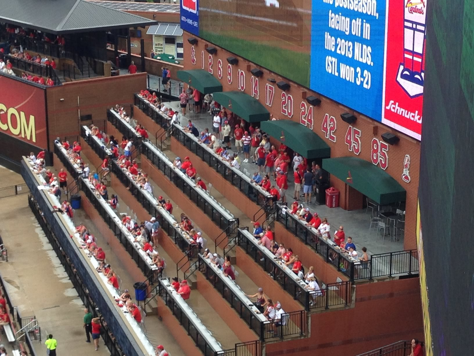 busch stadium coca cola scoreboard patio. Black Bedroom Furniture Sets. Home Design Ideas