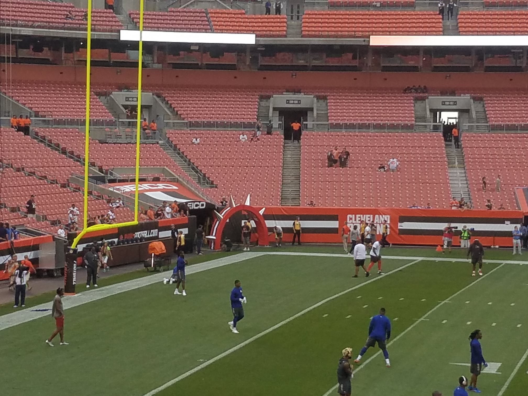 browns player tunnel