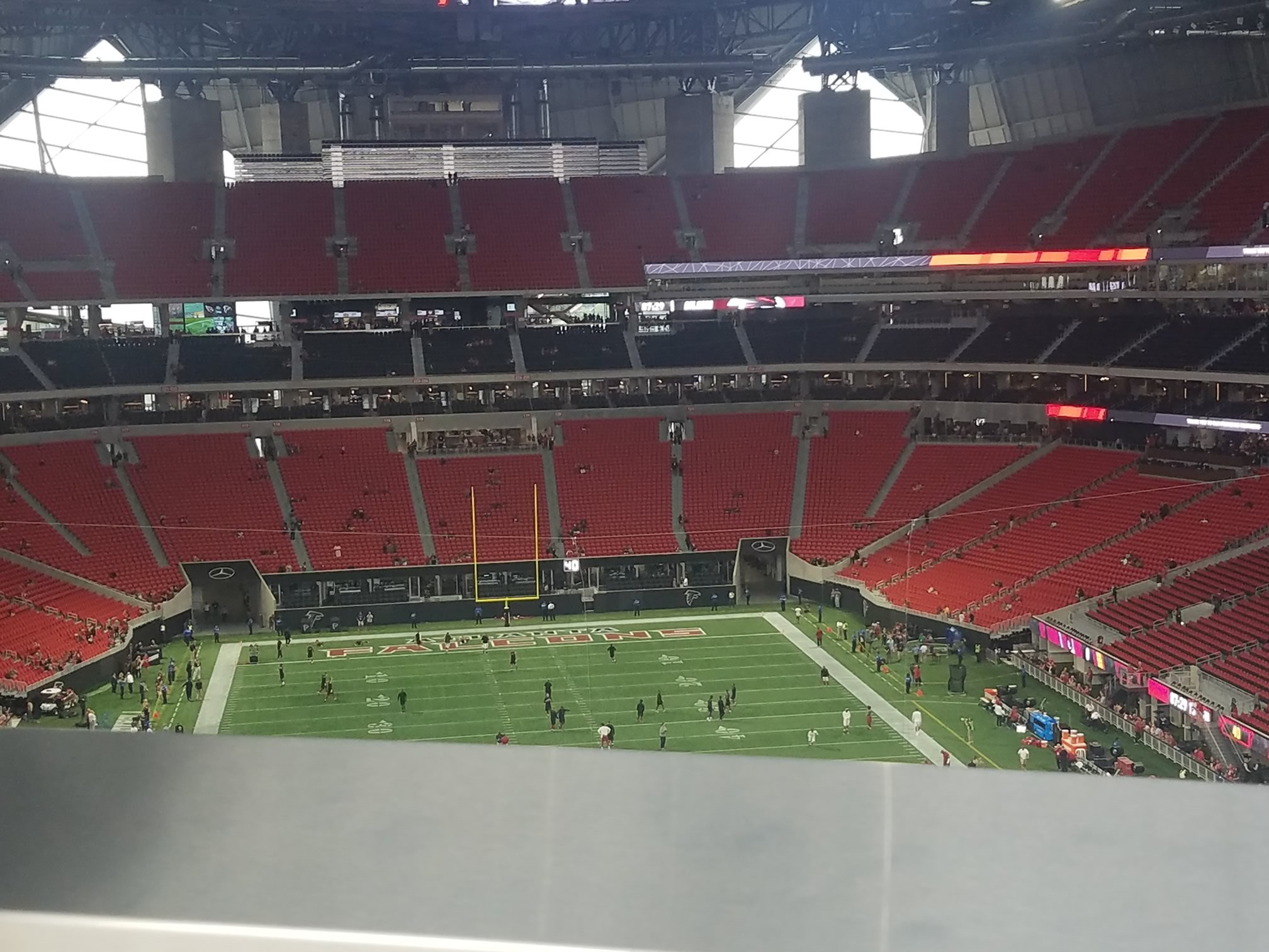 Mercedes benz stadium standing room only atlanta falcons for Who owns mercedes benz stadium