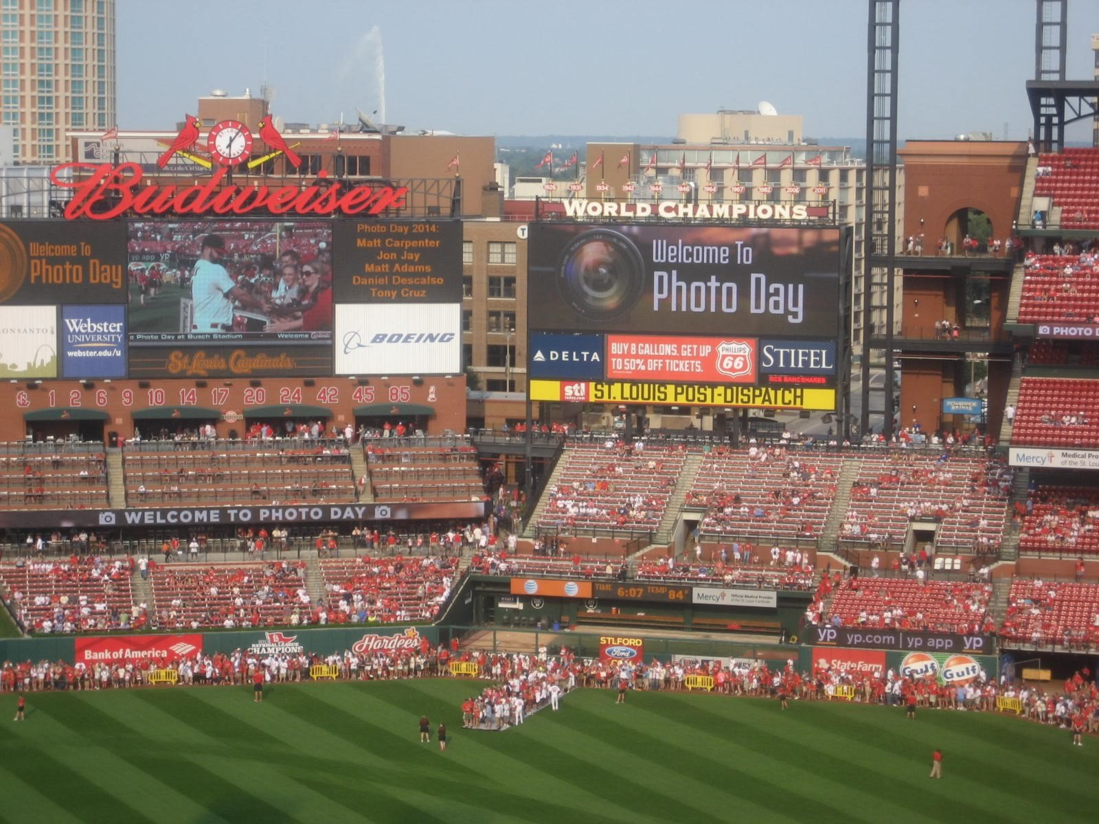 Shaded And Covered Seating At Busch Stadium Rateyourseatscom
