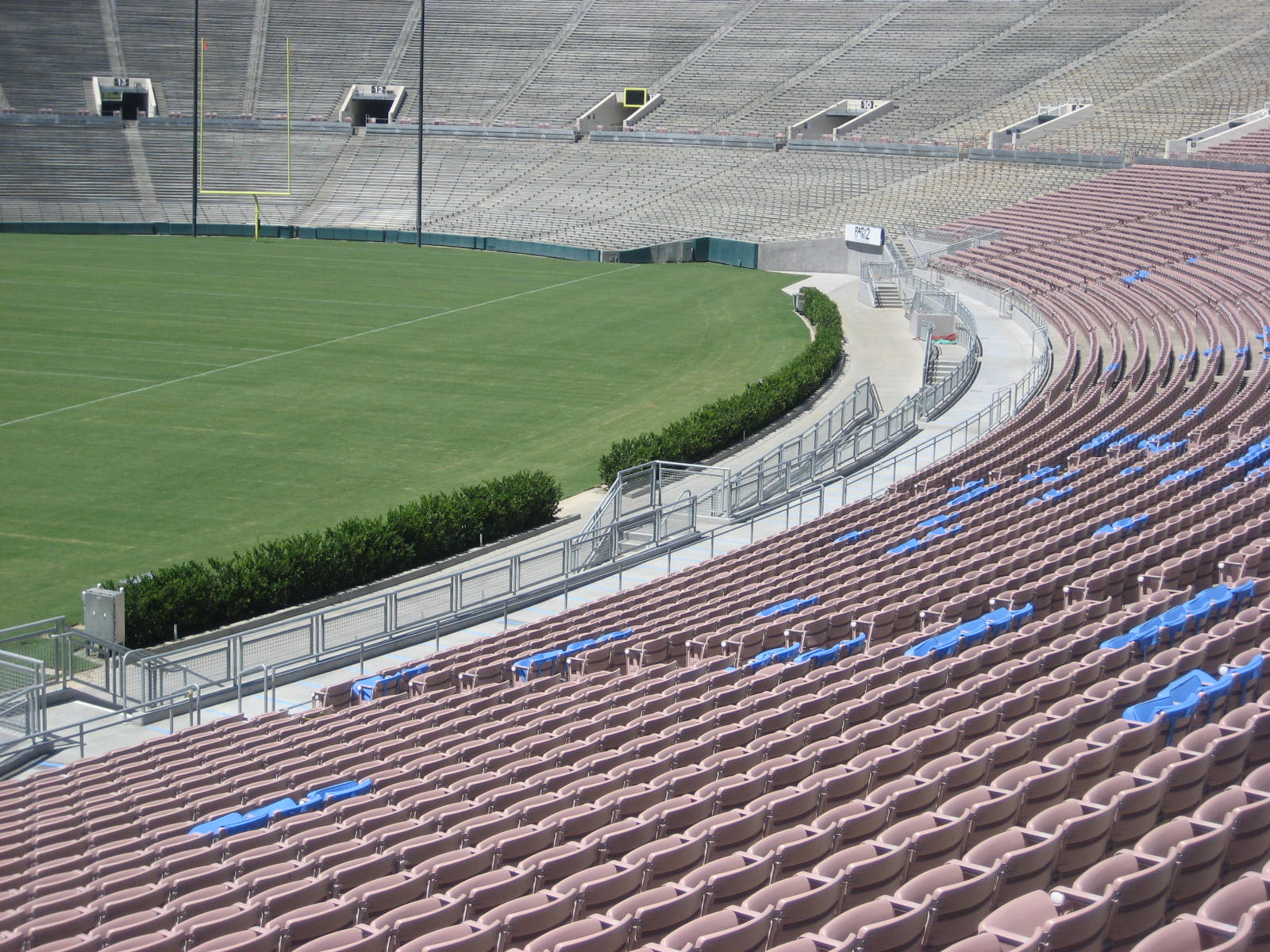 rose bowl stadium (ucla) seating guide - rateyourseats