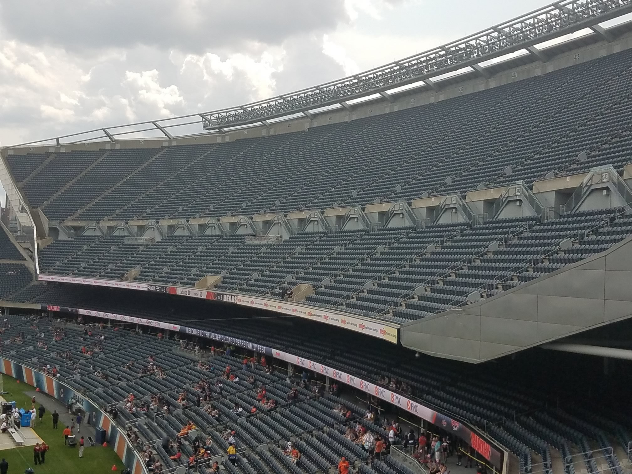 Chicago Bears Seating Guide Soldier Field Rateyourseatscom