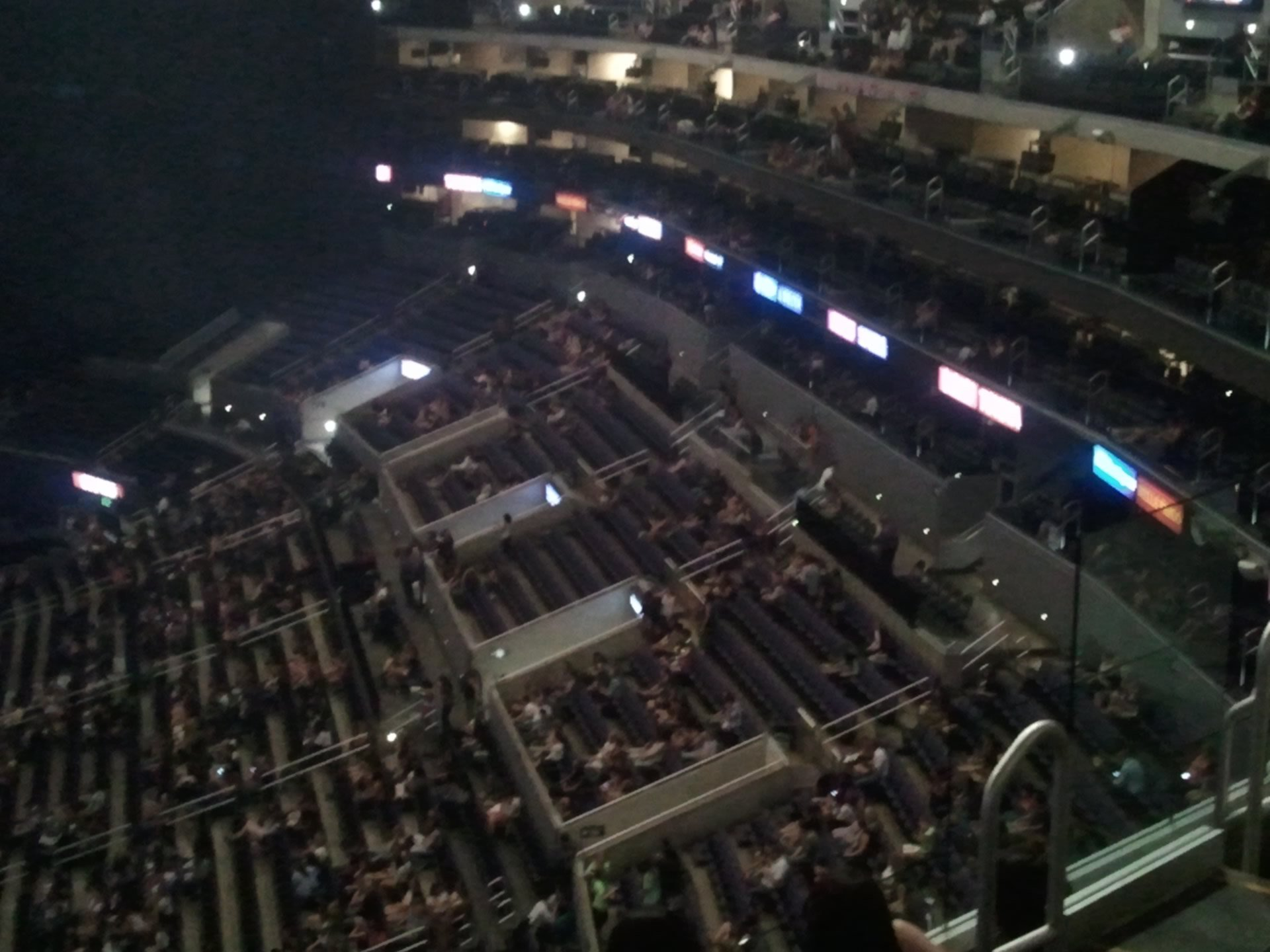 Photo Staples Center Premier Seating Images Beautiful